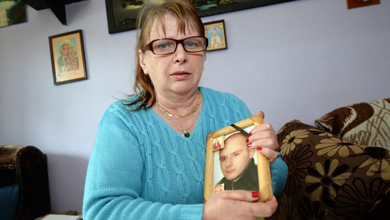 Krystyna Nowak walczy o sprawiedliwość po śmierci 22-letniego syna, który w wyniku leczenia zęba zmarł na sepsę